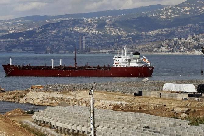 Un pétrolier au large des côtes libanaises, au nord de Beyrouth, le 7 décembre 2017. Photo d'archives AFP