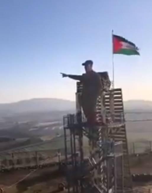 La statue de Kassem Soleimani pointant un doigt en direction de Jérusalem a été dévoilée samedi. Capture d'écran