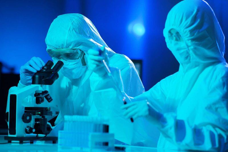 La virologie, une profession incontournable face aux menaces d'épidémies